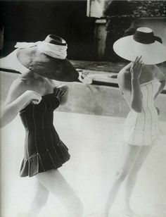 Lovely Dior bathing suits, Photo by Henry Clarke. Lovely Dior bathing suits, Photo by Henry Clarke. Glamour Vintage, Dior Vintage, Moda Vintage, Vintage Beauty, Vintage Ladies, Vintage Fashion, Vintage Vogue, Foto Fashion, Fashion History