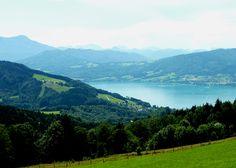 Attersee - Atterské jezero je ledovcové jezero  v severním Rakousku v Alpách v pohoří Salzkammegutberge a má rozlohu 46,7 kmčtv. a dosahuje hloubky až 171 m