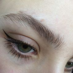 winged liner on the outer half of the eye #makeup