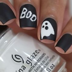 Here's 15 Halloween nail art and nail ideas for 2019 including spiderweb nails, Halloween acrylic nails and more easy Halloween nails for the holiday. Holloween Nails, Cute Halloween Nails, Halloween Acrylic Nails, Halloween Nail Designs, Short Nail Designs, Colorful Nail Designs, White Nail Designs, Simple Nail Designs, Nail Art Designs