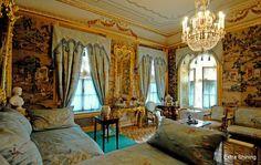 Peterhof Palace - Peterhof Palace Facts | Extra Shining