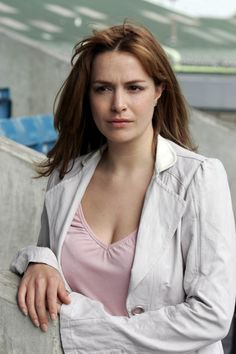 Picture of Lucy Brown Hottest Female Celebrities, Beautiful Celebrities, Most Beautiful Women, Ben Mansfield, Primeval New World, Jenny Lewis, Marvel Villains, Good People, Science Fiction