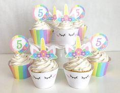 Cupcake de Unicórnio topper de arco-íris