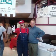 I met super Mario 50 lbs ago. #Mario