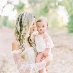 TIFFANY LE | CA (@tiffanylephotography) • Fotos e vídeos do Instagram Girls Dresses, Flower Girl Dresses, Tiffany, Wedding Dresses, Flowers, Instagram, Fashion, Family Pictures, Shots Ideas
