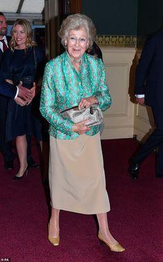 Princess Louise, Princess Elizabeth, Princess Margaret, Princess Caroline, Princess Victoria, Queen Elizabeth Ii, Queens Birthday Party, Queen Birthday, Royal Albert Hall