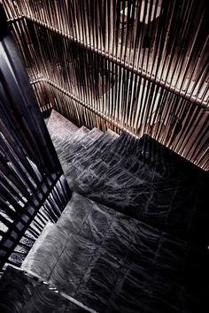A simplicidade do bambu ornamentou o Restaurante Chinês