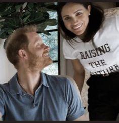 Harry Et Meghan, Prince Harry And Megan, Duke And Duchess, Duchess Of Cambridge, Princess Diana Family, The Way He Looks, Princesa Diana, Saint George, Meghan Markle
