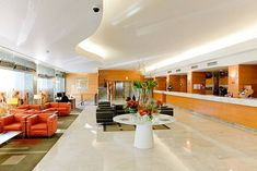 Top 7 Cheap hotels in Pisa - Wikitopx Hotel Roma, Hotel Bristol, White Sheets, White Towels, Cheap Hotels, Good And Cheap, Around The Corner, For Everyone, Pisa