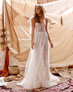 Black White Wedding Dress, Asian Wedding Dress, Sheer Wedding Dress, Wedding Dresses 2018, Stunning Wedding Dresses, Tulle Wedding, Bridal Dresses, Couture Dresses, Muse By Berta