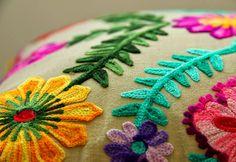 PERFEITA ORDEM: Inspirações para uma casa colorida e cheia de charme