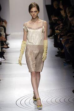 Miu Miu Spring 2006 Ready-to-Wear Fashion Show - Jessica Stam