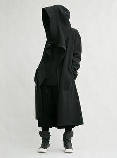 ubn5vw-l-610x610-coat-black+hoodie-black+coat-black+jacket-black+blouse-dope-streetwear-streetstyle-style-street+goth-long+coat.jpg (456×610)