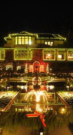 Live Like a Local: Christmas in Victoria #christmas #victoriaHOHOHO #ButchartGardens | http://www.tourismvictoria.com/events/christmas