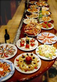 Tapas Spain Spanish Cuisine, Spanish Dishes, Spanish Tapas, Spanish Food, Tapas Spain, Chefs, Tapas Bar, Antipasto, High Tea