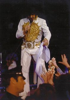 February 20, 1977  Elvis Presley In Concert Charlotte, NC