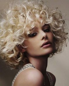 Haarschnitt Lange Haare - curly hairstyles for medium hair hairstyles. Haircuts For Medium Hair, Hairstyles Haircuts, Medium Hair Styles, Short Hair Styles, Latest Haircuts, Medium Curly, Hair Medium, Long Curly, Modern Haircuts