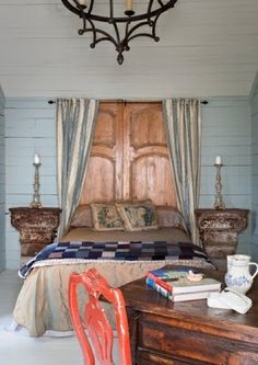 House of Turquoise: Reggie Marshall's Garden Getaway Curtains For Closet Doors, Diy Curtains, Blue Curtains, House Of Turquoise, Repurposed Wood, Repurposed Furniture, Furniture Ideas, Furniture Design, Furniture Vintage