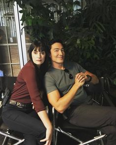 """Paget Brewster & Daniel Henney """" : On set today with the amazing ….love catching baddies with this amazing one:)). Tune in tonight ! Daniel Henney Criminal Minds, Criminal Minds Funny, Criminal Minds Cast, Luke Alvez, Behavioral Analysis Unit, Paget Brewster, Crimal Minds, Casting Pics, Idole"""