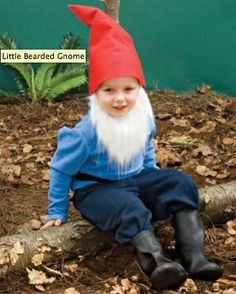 DIY Lawn Gnome Halloween costume - so cute!