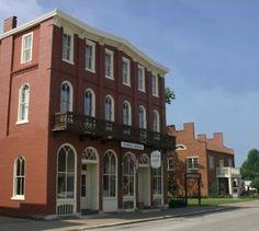 Nauvoo Illinois Woodruff Hotel In