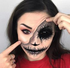 Halloween makeup inexpensive and will enable you to be creative. puppets are extremely scary, making them a wonderful costume selection for Halloween. Clown Makeup, Scary Makeup, Sfx Makeup, Costume Makeup, Makeup Art, Makeup Ideas, Mascara Primer, Best Mascara, Unique Halloween Makeup