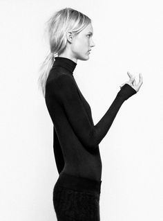 Chic Minimalist Style - turtleneck top, bold simplicity