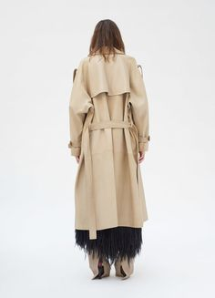 Trench coat in natural plongé lambskin with side slits. Discover the latest coats and jackets collections on Céline Official Website Nursing Wear, Military Fashion, Trench, Ready To Wear, Women Wear, Street Style, Style Inspiration, My Style