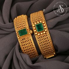 Gold Ring Designs, Gold Bangles Design, Gold Earrings Designs, Gold Jewellery Design, Gold Temple Jewellery, Silver Jewellery Indian, Gold Plated Bangles, Ruby Bangles, Bangle Bracelets With Charms