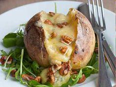 Recette : Pommes de terre au four, gratinées au bleu - Recette au fromage