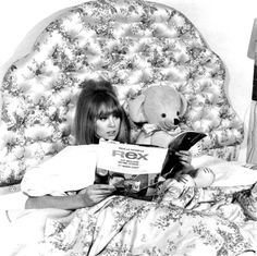Pattie Boyd http://www.setteroftrends.com #fashion #styleicons #style