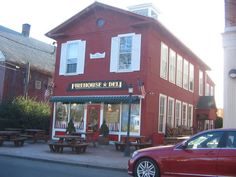 Firehouse Deli - great place to get a sandwich for a picnic by the gazebo