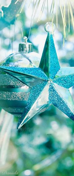 Aqua Christmas, What Is Christmas, Merry Little Christmas, Perfect Christmas Gifts, A Christmas Story, Christmas Colors, Christmas And New Year, Beautiful Christmas, Christmas Home