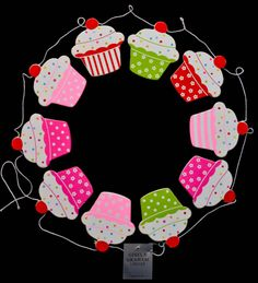 Gisela Graham Cupcake Pink Red Green Spot Flower Stripe Mini Wooden Bunting 1.6m