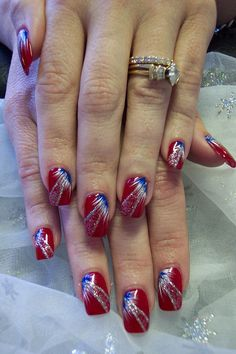 Fireworks Nail Idea (also shows toe nails) - cute for July 4th!