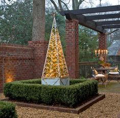 Homemade Outdoor Christmas Decorations   Outdoor Holiday Decorating - Traditional Home®