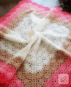iddia ediyoruz bu tığ işi örgü battaniye modellerine hayran kalacaksınız. nefis motifler, harika renkler, cici örgü battaniyeler. 10marifet.org'dayız tabii.