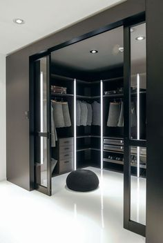 14 Walk In Closet Designs For Luxury Homes Fantastic luxury c. - 14 Walk In Closet Designs For Luxury Homes Fantastic luxury closets for your Mas - Walk In Closet Design, Bedroom Closet Design, Closet Designs, Bedroom Closets, Master Bedroom Closet, Upstairs Bedroom, Master Bedrooms, Bedroom Designs, Bedroom Ideas