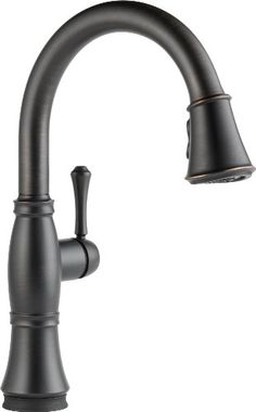 Kitchen Faucets Ideas Delta Cassidy Pull-Down Kitchen Faucet with Magnetic Docking Spray Head Venetian Bronze Faucet Kitchen Single Handle - Kitchen Sink Faucets, Kitchen Handles, Bathroom Faucets, Kitchen And Bath, Kitchen Faucets Pull Down, Faucets For Farmhouse Sinks, Kitchen Knobs, French Kitchen, Kitchen Fixtures
