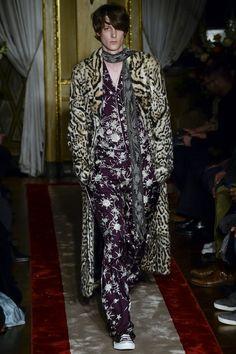Roberto Cavalli Fall/Winter 2016-2017 Menswear Fashion Show