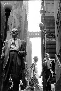 NYC, 1958 , Pine Street , near Wall Street © Leonard Freed/Magnum Photo .... whatever happened to that bridge ?