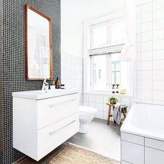 Gorgeous bathroom. via @designlykke #bathroom #minimalism #whiteliving #simplicity #scandicliving