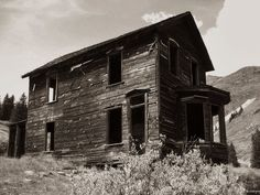ANIMAS FORKS - REMNANTS OF A BOARDING HOUSE FROM AN ABANDONED SILVER MINING CAMP IN COLORADO'S SAN JUAN MOUNTAINS tumblr_ms1q2lpN6J1qeo01wo1_500.jpg (500×375)