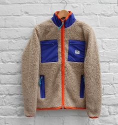 b35d835369e9 Outdoor Men, Outdoor Apparel, Mens Outfitters, Vest Jacket, Fleece Jackets,  French