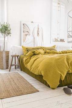 Pure Linen Bedding - Invite the outside in with a combo of linen bedding in Moss Yellow and Olive Green! Fall Bedroom Decor, Home Decor, Yellow Bedding, Bedding Master Bedroom, Bed Linen Design, Bedroom Night Stands, Queen Bedding Sets, Cool Beds, Luxury Bedding