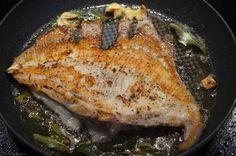 Rochenflügel mit Salbeibutter - My Blog Butter, French Toast, Pork, Meat, Chicken, Breakfast, Blog, Skate, Eating Well