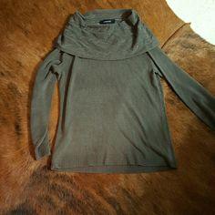 Jones Wear Beautiful Brown Cowl Neck Sweater Jonws Wear Soft Cowl Neck Sweater. Braided details on the neck. Acrylic. Size small. Excellent condition. Jones New York Sweaters Cowl & Turtlenecks