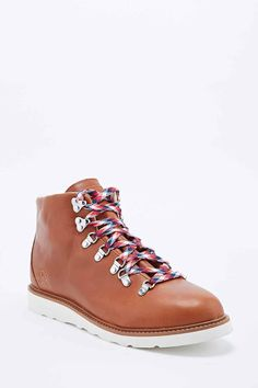 Ransom Alpine Boots in Brown
