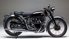 1912 Henderson motorcycle goes for half a million at Mecum's Las Vegas auction Honda Cb750, Honda S, Triumph Bonneville, Royal Enfield, Steve Mcqueen, Cafe Racers, Rolls Royce, Grand Prix, Henderson Motorcycle