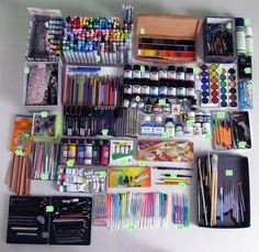 This makes me want to get all artsy., This makes me want to get all artsy. Cute School Supplies, Watercolor Sketch, Copics, Drawing Tools, Drawing Stuff, Gel Pens, Art Studios, Art Supplies, Artsy